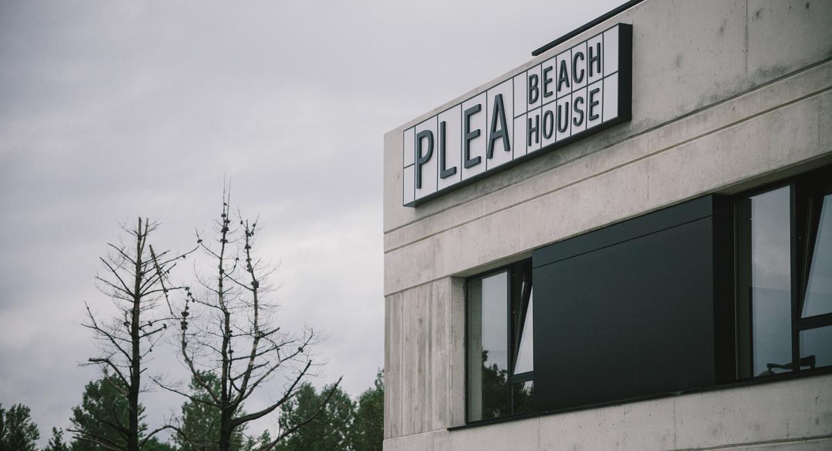Plea Beach House: Profesionales